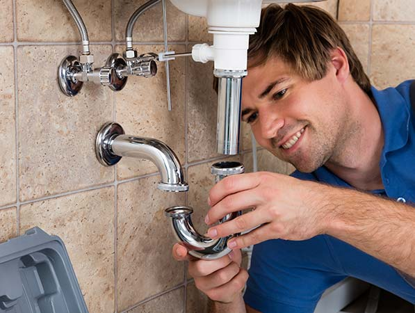 Margate plumber replacing sink pipe