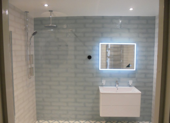 Tiled Bathroom with mirror