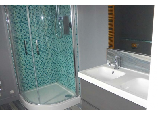 enclosed shower in Kent